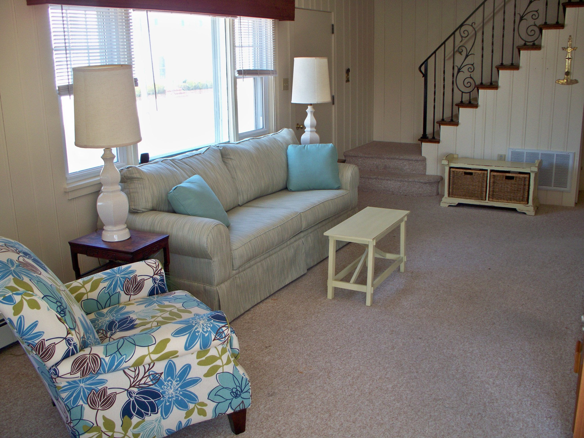 MyLBIBeachRental-Living-Room1